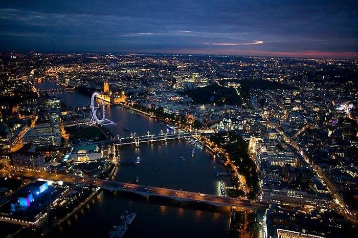 Ночная Англия