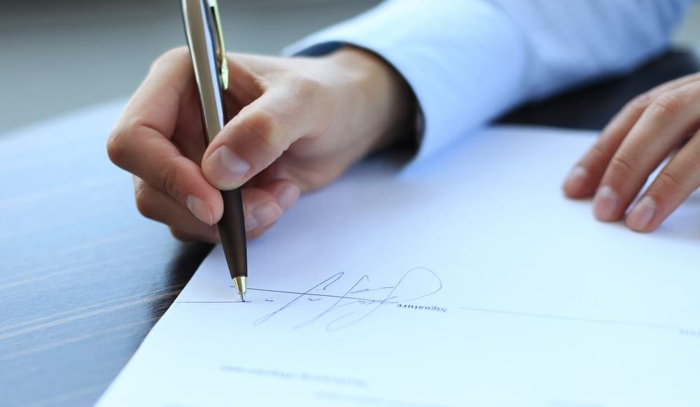 Особенности заключения и аннулирования трудового договора с иностранными гражданами
