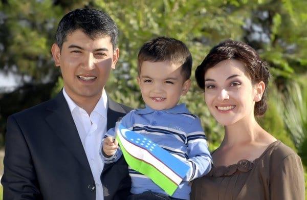 Семья Узбекистанцев