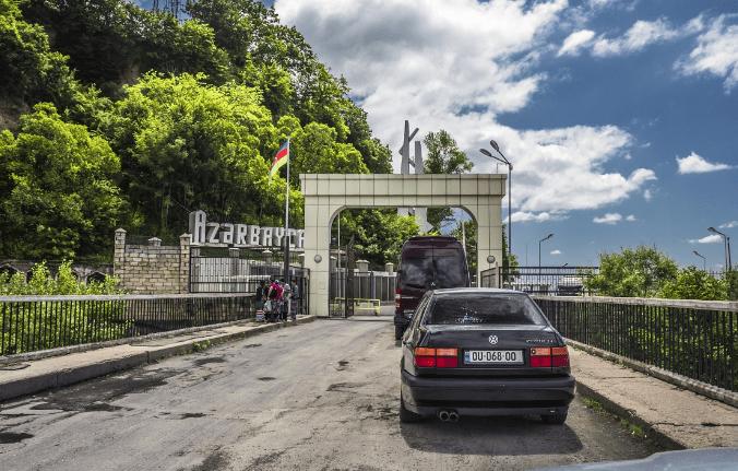 Въезд в Азербайджан на автомобиле