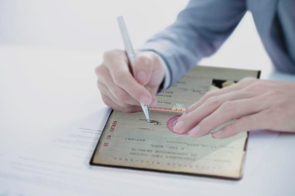 Можно ли самостоятельно поменять место рождения в паспорте в 2019 году