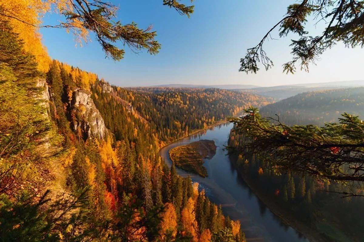 Завораживающие осенние пейзажи России (13 фото)