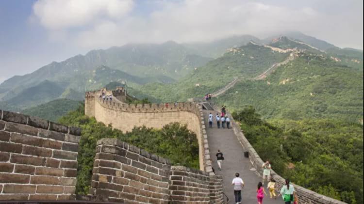 Жизнь в Китае простых людей и русских: особенности и традиции